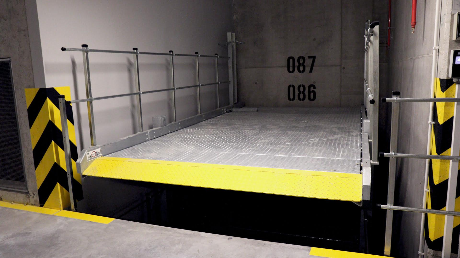 Barierki zabezpieczające platformę parkingową MODULO Platforms