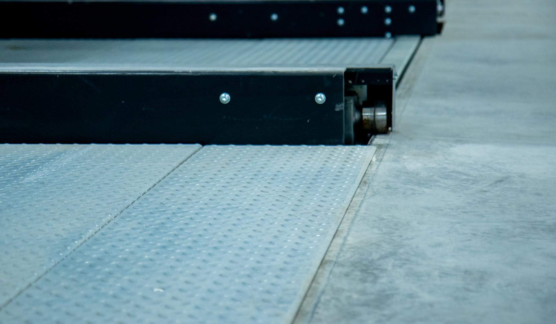 MODULO Lift&Slide - platforma parkingowa z blachy łezkowej